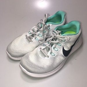 Nike Free RN Running Shoes 8.5